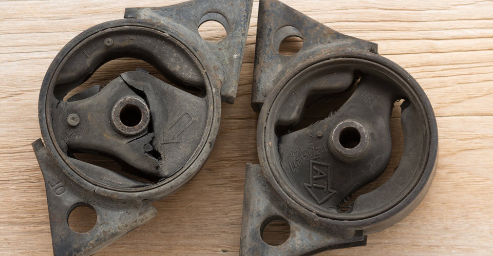 Signs of a Motor Mount Failure in Your Volvo